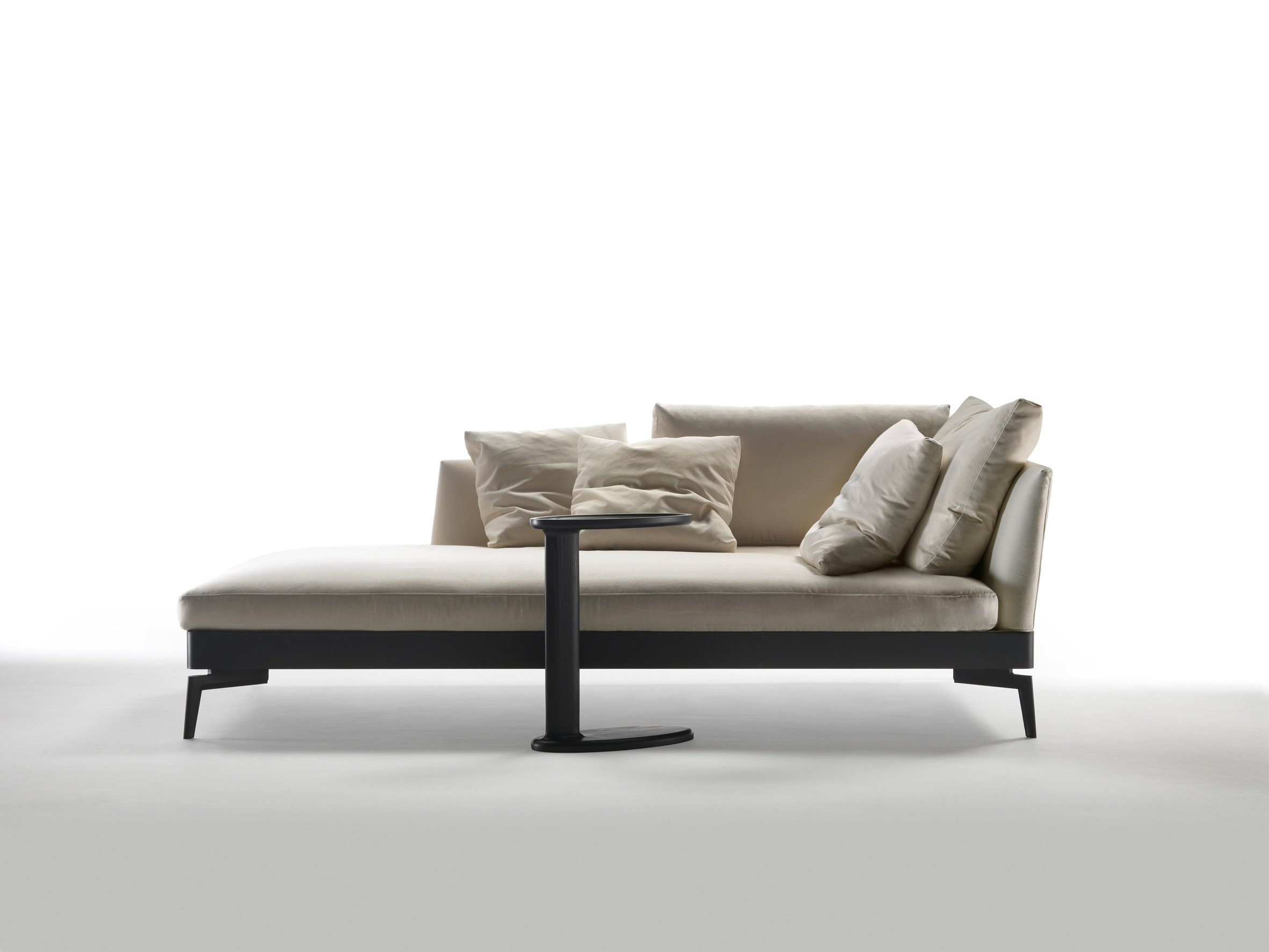 Groundpiece Sofas Sectional Sofas Feelgood - Sofabeds And Chaises - Fanuli Furniture