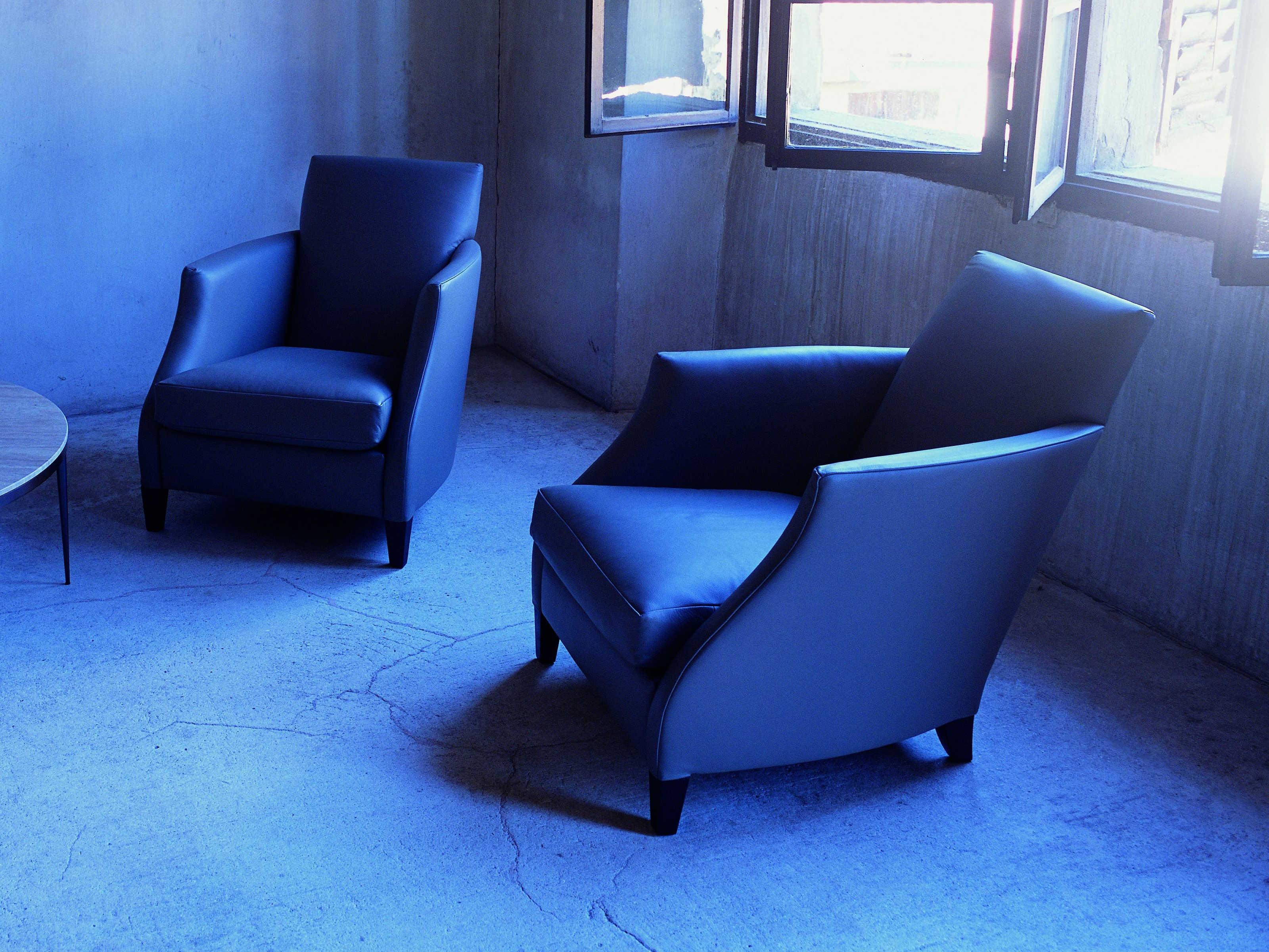 relax flexform lounge chair fanuli furniture. Black Bedroom Furniture Sets. Home Design Ideas
