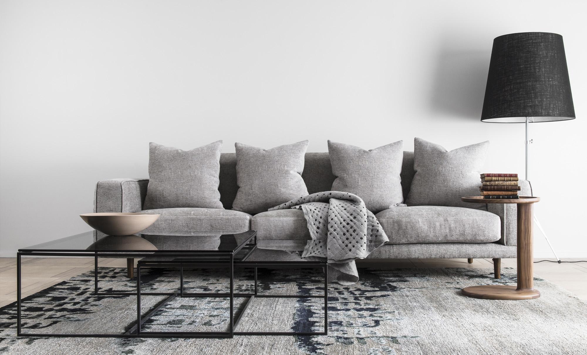 loveseat balkon. Black Bedroom Furniture Sets. Home Design Ideas